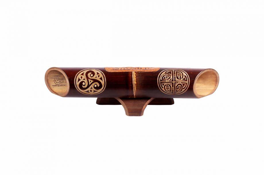 Altavoz de bambú Amalur - Tallado Triskel Nudo Perenne