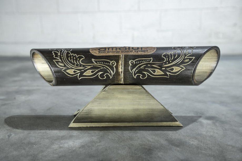 Amalur bamboo speaker - carved JAVANESE