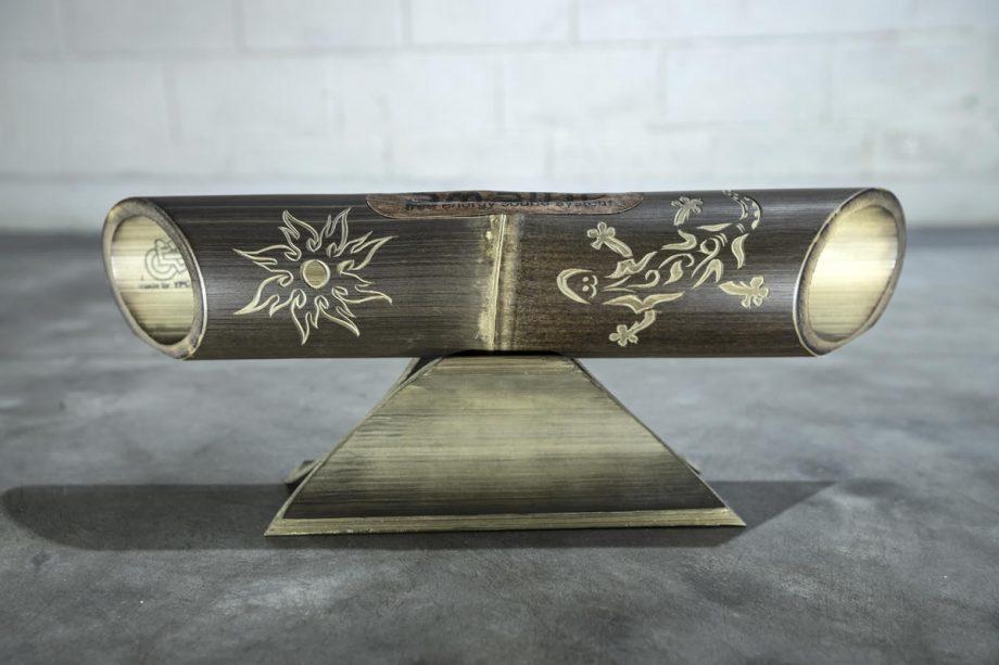 Altavoz de bambú Amalur modelo tallado SOL GECKO