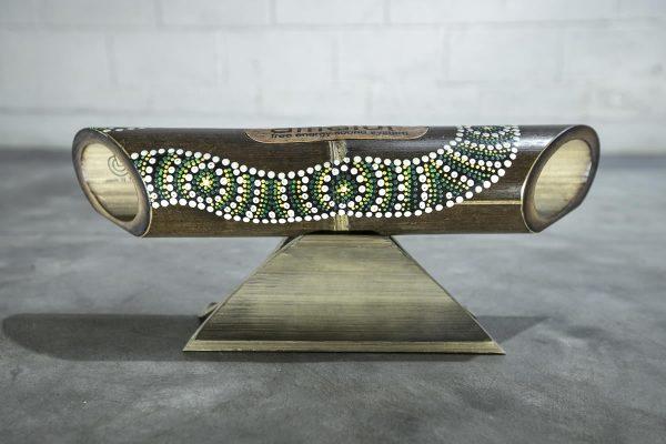 Altavoz de bambú Amalur pintado modelo Green Selendang