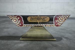Altavoz de bambú Amalur pintado modelo Red Kipas