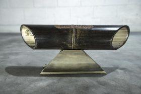 Altavoz de bambú modelo negro liso - front