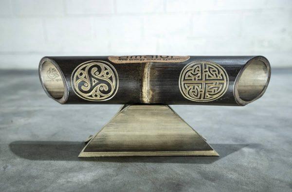 Amalur bamboo speaker carved TRISKEL PERENNIAL KNOT