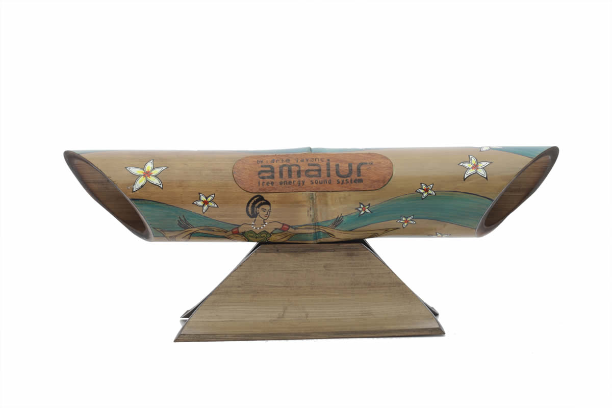 Amalur bamboo speaker - NYI ROR KIDUL - HENDRIK MUNTU
