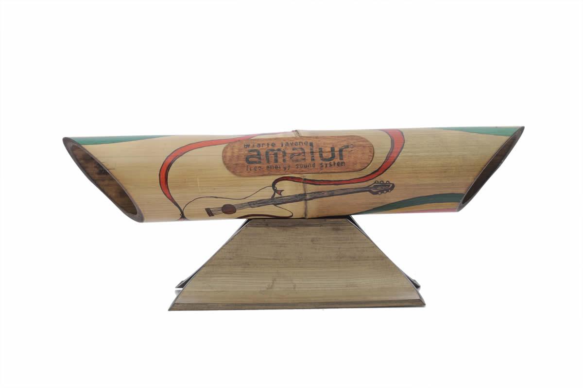 Amalur bamboo speaker - REGGAE GUITAR - HENDRIK MUNTU